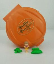 Vintage Polly pocket 1989 Tammy's palm tree island 100%Complete excellent cond..