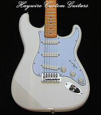 White Fender Strat Guitar+Warmoth Option+SRV Pickups+Treble Bleed+More