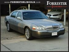 Lincoln : Town Car Ultimate