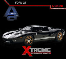 AUTOART 73023 1:18 FORD GT 2004 (BLACK/SILVER STRIPES) SUPERCAR