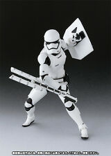 S.H.FIGUARTS STAR WARS FIRST ORDER STORM TROOPER w/ SHIELD & BATON ACTION FIGURE