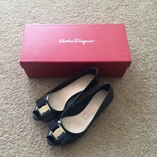 Salvatore Ferragamo Peep Toe Kitten Heels Black Patent Leather Size 4D 34/34.5