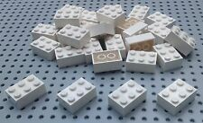 Lego White 2x3 Brick (3002) x20 in a set *BRAND NEW* Space City Star Wars