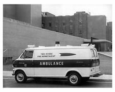 1971 Ford Econoline Ambulance Factory Photo ub2082-CFMLEI