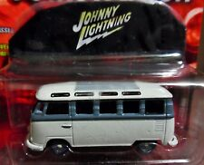 JOHNNY LIGHTNING 66 1966 VW VOLKSWAGEN SAMBA BUS DIE CAST COLLECTIBLE +CAR COVER