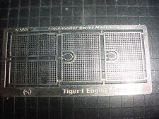 QSI products  1/35 Tiger I Tank Engine Grill Mesh Screen 6-003
