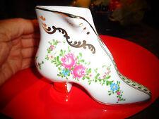 Jolie Grosse Chaussure Bottine Renaissance en Porcelaine Fleurie Déco Cordonnier