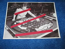 Press Photo American Flyer Steam Engine Trains Inspection For Christmas 1945