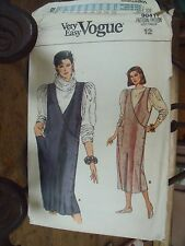 "PATRON VINTAGE ""VOGUE'S ""ROBE CHASUBLE CROISEE   TAILLE 40"