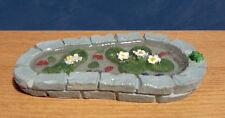 1/12, casa de muñecas en miniatura de la función de agua/estanque de jardín con Rana, peces, etc. lgw
