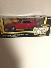 American Muscle Authentics 1:18 1967 Camaro Z28