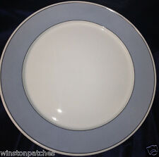 "THOMAS O'BRIEN 2004 NEW DAY BISTRO ROUND PLATTER 15"" LIGHT BLUE RIM WHITE CENTER"