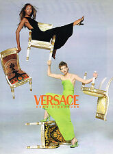 PUBLICITE ADVERTISING 124  1996  VERSACE HOME SIGNATURE  NAOMI CAMPBELL