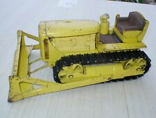 VINTAGE MODEL TOYS DOEPKE D6 CATERPILLAR PRESSED STEEL DOZER - NICE!!!!!