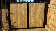 BRAND NEW METAL FRAME TIMBER DECKING CLAD DRIVEWAY GATES  6FT HIGH