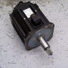 YASKAWA ELECTRIC USADED-40YRW11 4 kW AC SERVO MOTOR *BLACK*