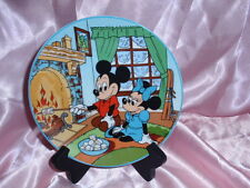 "Disney Four Seasons of Love Collector Plate  ""LET IT SNOW"" #3087"