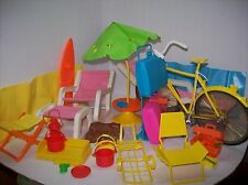 a mixed lot of vintage 1970s barbie assesseries and furniture