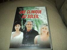 "DVD ""UNE CLINIQUE AU SOLEIL"" Pierre ARDITI, Evelyne BOUIX / Josee DAYAN"