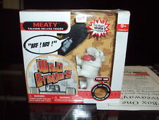 WILD GRINDERS MEATY TALKING DELUXE FIGURE DOG ON SKATE BOARD