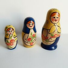 Nesting Dolls Set Vtg Russian Blue Yellow Traditional Peasant Vtg Signed SN '93