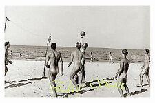 VINTAGE 1940's PHOTO NUDE WWII SOLDIERS PLAY VOLLEYBALL ON BEACH GAY INTEREST 97