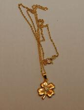 goldfarbene Halskette 44 Zentimeter Länge mit Anhänger Kleeblatt Kettenanhänger