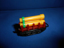 FREIGHT Rail TRAIN w/ CONSTRUCTION PIPES CAR Plastic Kinder Surprise Egg N Scale