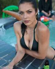 Adrianne Curry 8x10 Photo 011
