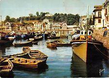 BT8733 Saint jean de luz le port des pecheurs et le village de cob        France