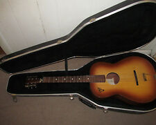 Vintage EKO GUITAR / Made In Italy / Modello P2 / Hardshell Case Good Shape