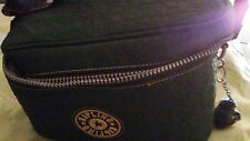 Kipling camera bag 10/6 with gorrilla chain great for camera with lens greencolr