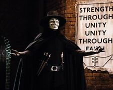 Weaving, Hugo [V For Vendetta] (17281) 8x10 Photo