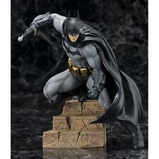 Kotobukiya DC Comics ARTFX+ Batman Arkham City Batman 1/10 PVC Figure