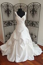 352 JUSTIN ALEXANDER 8539 BLACK LABEL $1825 SZ 16 NATURAL WEDDING DRESS GOWN