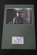 RIZ AHMED signed Orig Autogramm 20x30 IP Passepartout STAR WARS ROGUE ONE