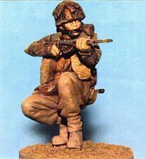 1/35th WWII British Para Kneeling with Sten Wee Friends WF35026 unpainted kit
