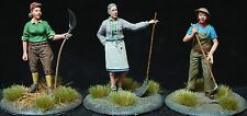 """1/35 Scale resin kit - """"on the Farm"""" 1940's style (3 figure set)"""