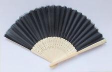 schwarzer Stoff Fächer - fan - auf Holz