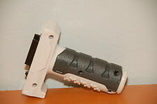 White Nerf Retaliator Assault Fore Grip Front Handle Accessory N-Strike Elite