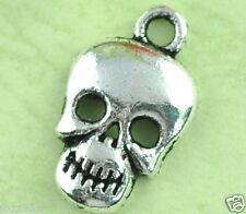 20 Antique Silver Skull Beads Skulls Pendants - Halloween Charms 17mm