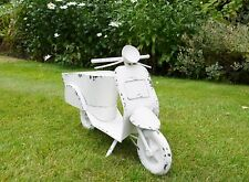 GARDEN SCOOTER PLANTER METAL GARDEN ORNAMENT VESPA MOPED HOME PATIO DECOR