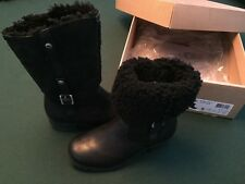 UGG BELLVUE II 1914 Black Leather/Sheepskin Boot US Size 5