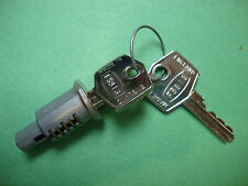 0407(1688) Jaguar XKE,XK & Sedan New Key & Tumbler