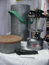 COLEMAN LANTERN 1992 WITH PRESSURE MATE IN METAL CARRYING CASE WITH HANDLE USA