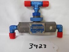 (3923) IBC Products Gear Extension Shuttle Valve P/N 32803