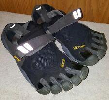 Men's Vibram 5 Finger Toe Shoes Black gray sz. 40