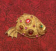 JJ Gold Tone And Stone Fish Pin, Piranha?