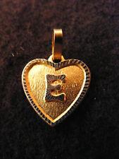 Pendentif Coeur Médaillon en Or Plaqué Lettre E 1,5 cm