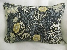 "WILLIAM MORRIS SEAWEED OBLONG CUSHION 20""X 14""(51CMX36CM) WITH FEATHER INNER"